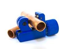 Coupeur de pipe avec des pipes photo libre de droits