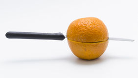 Coupez l'orange Image libre de droits