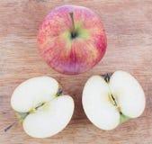 Coupez la pomme Photographie stock libre de droits