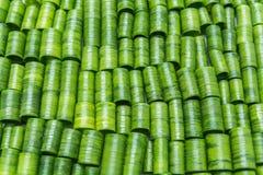 Coupez les feuilles de ciboulette de tube Photos stock