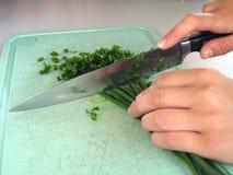 Coupez les oignons photographie stock
