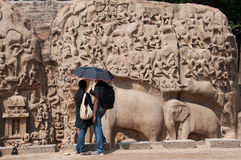 Couple at ancient monument Royalty Free Stock Photos