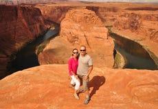 Couple in Arizona Horseshoe Bend Royalty Free Stock Photos