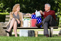 Couple with bags of shopping Royalty Free Stock Photos
