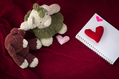 Couple Bears and love heart on Valentines Day. Royalty Free Stock Images