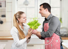 A couple cooks Royalty Free Stock Photos