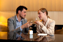 Couple date drinking wine Royalty Free Stock Photos