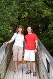 couple dock standing vertical στοκ φωτογραφίες με δικαίωμα ελεύθερης χρήσης