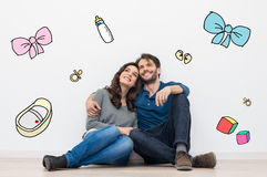 Free Couple Dreaming A Baby Royalty Free Stock Image - 53130366