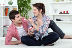 Couple eating cake Royalty Free Stock Photo
