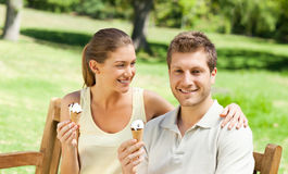 Couple eating an ice cream Royalty Free Stock Photo