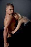 Couple embracing Royalty Free Stock Photos