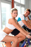 Couple in fitness gym Royalty Free Stock Photo