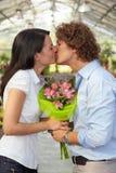 couple flower kissing nursery στοκ εικόνες με δικαίωμα ελεύθερης χρήσης