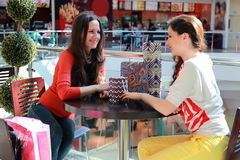 Couple girl friend shopping mall Royalty Free Stock Photography