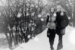 Couple Girl winter black and white Royalty Free Stock Photography