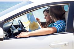 A couple is going on a car trip Royalty Free Stock Images
