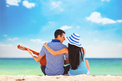 Couple with guitar Royalty Free Stock Photography