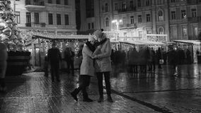 Couple have date in city square Royalty Free Stock Photos