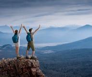 Couple hiking Royalty Free Stock Photos