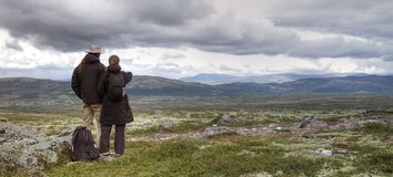 Couple hiking in Norway Royalty Free Stock Photo