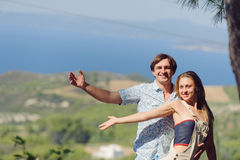 Couple on Hill Royalty Free Stock Photos