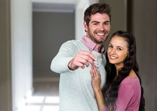 Couple Holding Keys at home Royalty Free Stock Images