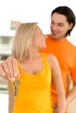 Couple with house keys Royalty Free Stock Photography