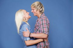 Couple hugging casual wear young Royalty Free Stock Photos