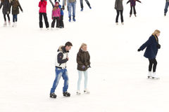 Couple ice skating Royalty Free Stock Images