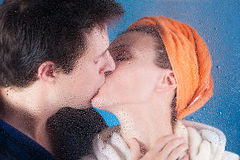 Couple kissing Royalty Free Stock Photo