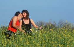 A couple kissing on a bike ride, Malibu, CA Royalty Free Stock Photography