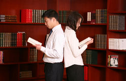 Couple In the library Royalty Free Stock Images