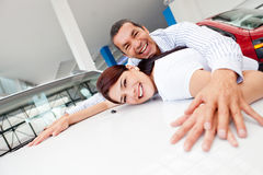 Couple looking to buy a car Royalty Free Stock Image