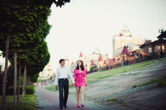 Couple in love walking in the city Royalty Free Stock Photos