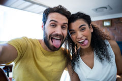 Couple making facial expression and having fun Royalty Free Stock Photography