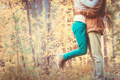 Couple Man and Woman hugging in Love Romantic Outdoor Lifestyle Stock Images