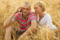 Couple with a mobile phone Royalty Free Stock Images