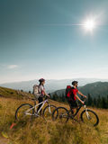 Couple of mountain bikers Royalty Free Stock Photography