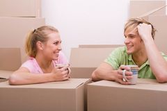 Couple moving Royalty Free Stock Photography
