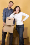 Couple moving in Royalty Free Stock Photos