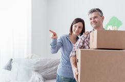 Couple moving into a new house Royalty Free Stock Photography