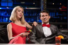 Couple in a nightclub Royalty Free Stock Images