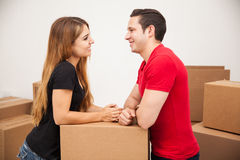 Couple packing their stuff Royalty Free Stock Photos