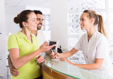 Couple patients visiting clinic Royalty Free Stock Photos