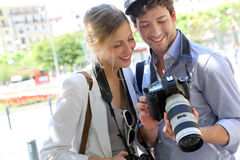 Couple of photographers in town Royalty Free Stock Photography