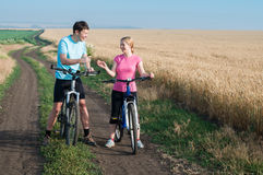 Couple relax biking Royalty Free Stock Images