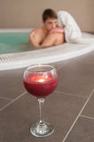 Couple relaxes in the tub Royalty Free Stock Image
