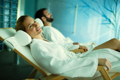 Couple relaxing in spa center Royalty Free Stock Images
