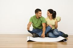 Couple renovating. Royalty Free Stock Photos